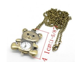 Часы в форме мишки