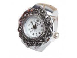 Женские часы на палец в форме лепестка