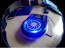 Вентилятор с питанием от USB для ноутбука