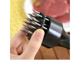 Отбивалка для мяса с иглами