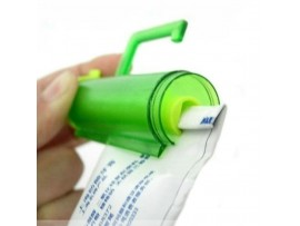 Выжималка зубной пасты на присоске