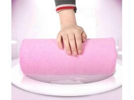 Мягкая розовая подушка для маникюра
