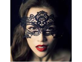 Кружевная карнавальная маска на глаза
